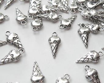 10 Ice cream cone charms antique silver 19x9mm DB15084