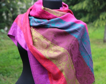 Pashmina Scarf /  Pashmina Shawl / Women Fashion / Rainbow Scarf / Scarf for women