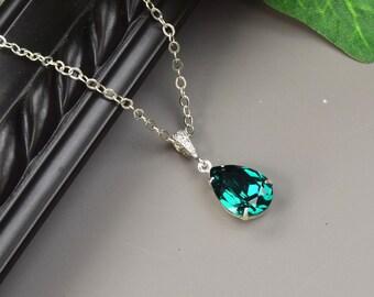 Emerald Green Necklace - Swarovski Crystal Teardrop Pendant Necklace - Emerald Green Bridesmaid Necklace - Wedding Jewelry - Bridal Jewelry