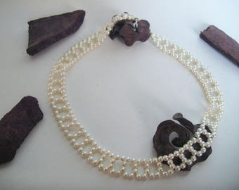 Pearly white Pearl Necklace