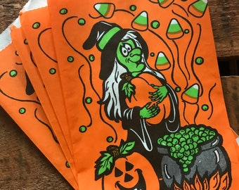 Vintage Halloween Treat Bags - Set of 5 - Trick or Treat, Vintage Paper Bags, Candy Bags, Party Favor Bags, Witch Bag, Vintage Halloween Bag