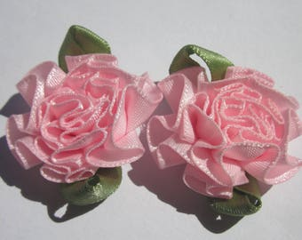 2 large bows in colorful fabric - flower 25mm width approx (A124)