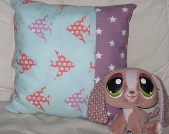 Cushion 30 x 30 cm - origami and white stars on purple patterns