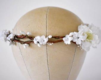 White flower crown White floral crown White bridal crown White silk crown Cherry blossom crown Boho wedding wreath White bridal wreath