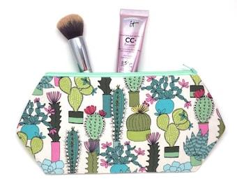 Cactus Zipper Pouch, Cactus Toiletry Bag, Best Makeup Storage, Cactus Makeup Bag, Cactus Tote Bag, Makeup Brush Holder, Waterless Plants