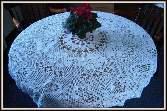Garden rose blooms and butterflies filet crochet tablecloth