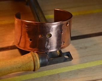 Cancer star pattern copper cuff