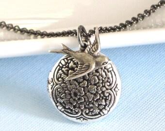 Small Silver Bird Locket Necklace, Bird Jewelry, Nature Jewelry, Nature Necklace, Keepsake Jewelry, Silver Locket, Girl Locket