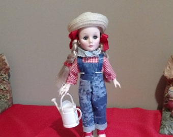 """1980's Effanbee Storybook Doll JILL, with tag and box 11"""" tall"""