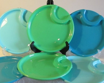 Teal, Aqua, Green Plastic Snack Trays, Set of 6 Plastic Plates, Picnic Supplies, Outdoor Trays, Durable Plastic Snack Plates Trays