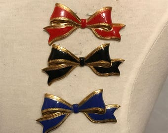 New Old Stock Vintage Novelty Metal Bow Brooch Red Black Or Blue 1950s 1960s