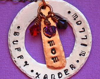Personalisierte Halskette - Hand gestempelt Schmuck - personalisierte Mom Halskette - geschichteten Großmutter - Metalle - Birthstone gemischt