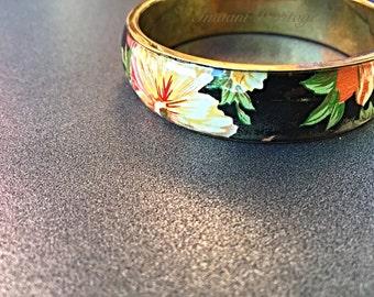 Decoupage 1960's 1970  bangle/ bracelet/ vintage/ floral