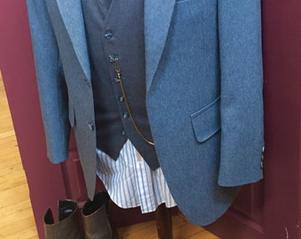 Perfect condition! Heathered blue sports coat.