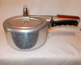 Pressure Cooker Vintage Cookware Steam Pot Universal Minute Saver Pressure Cooker Mid Century Cookware Retro Kitchen Steamer