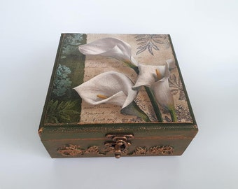 Handmade decoupaged wooden jewelry box with flowers and cooper patterns