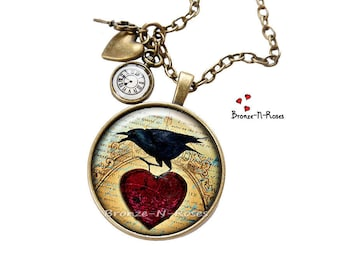 Necklace * Raven's time * bird costume Raven black red heart jewel