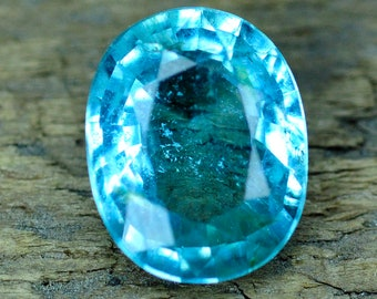 2.38ct. Certified Top Neon Blue  Paraiba Tourmaline