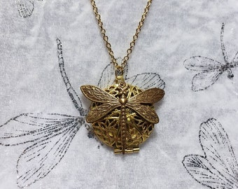 Gold Plated Oil Diffuser Necklace with Dragonfly