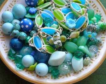 Vintage Blue Green & White Bead Lot, Retro Mid Century Beads - Round + Oval + Floral Beading Crafting Jewelry Supply Mixed Bead Destash Lot