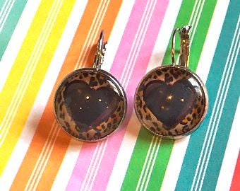 Tiger print Hearts earrings - 16mm