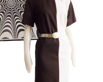 vintage 1960s brown white mod dress and flower brooch/ 60s color block shift dress / shirt waist dress