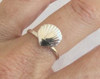 Sterling Silver Ring, Silver Shell Ring, Silver Sea Ring, Silver Band Ring, Silver Nautical Ring
