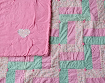 Beautiful Vintage Pink and Green flowered Handmade Baby Quilt!