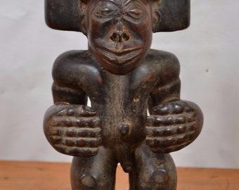 AfricanTribal Art(tchibinda Chokwe Statue from Southwestern(Zaire)Angola,Zambi).