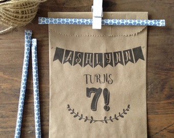 Birthday Party Favors - Happy Birthday Favors Bags - Vintage Birthday Candy Buffet Birthday Party Favor Bag - Birthday Goodie Bags set of 25