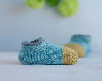 Baby booties knitting pattern - a shoe that stays on - shoe name 'Noah'