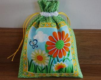 Drawstring Gift Bag, Butterfly Bag, Flower gift bag, Small Gift Bag, Fabric Bag, Gift Sack, Gift Wrap, Gift Packaging, Gift Bag, Flower Bag