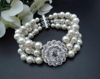 bridal bracelet pearl bracelet Rhinestone Bracelet pearl and rhinestone Statement Bracelet vintage style Wedding bracelet bridal cuff SUMMER