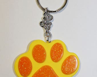 Resin Keychain ' paw ' (5 different pieces)