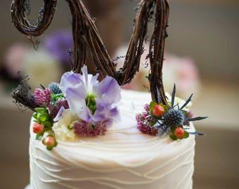Rustic Wedding Cake Topper - Personalized Grapevine Letter - Script