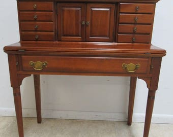 Pennsylvania House Candlelight Ladies Flip Top Writing Desk
