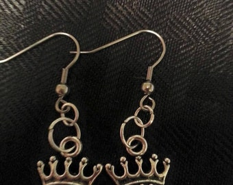 I'm The Queen Earrings. Princess Earrings. Crown Design Earrings. Queen Earrings