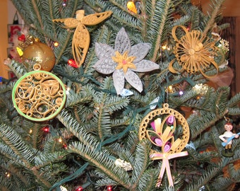 The Five Christmas decorations.
