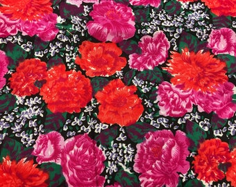 3 Yards of Vintage Red and Pink Chrysanthemums/Flowers Cotton Fabric