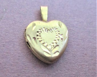 Tiny Brushed Gold Picture Locket 14K GF Chased Heart Necklace Pendant Gift for Children Girls Heart Necklace Locket Vintage Jewelry Making