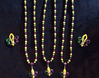 Mardi Gras necklace or pin