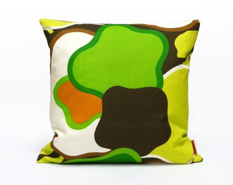 Green Retro Cushion Cover, throw pillow, couch pillow, pillow sham, desinger pillow, Handmade with Love from vintage fabric by EllaOsix
