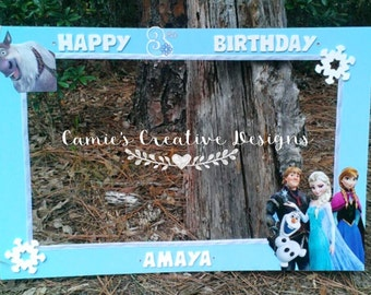 Frozen inspired photo prop frame