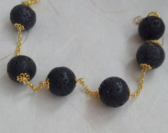 Women's bracelet in Lava stone pearls of Etna