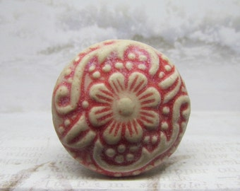 Distress Red Flower Stoneware Wine Bottle Stopper