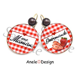A gourmet - gingham Strawberry red heart MOM earrings