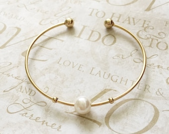 Pearl Gold Adjustable Cuff Bracelet / gift for her / birthday gift / simple cuff bracelet / pearl gold bracelet/ for her