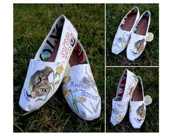 Bride's Love Story Shoes Unique Daffodil Wedding Shoes White Wedding Flats Personalized Gift Wedding Flats Wedding TOMS Outdoor Wedding