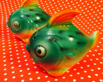 Anthropomorphic Green Tropical Puffer Fish Salt and Pepper Shakers made in Japan circa 1950s