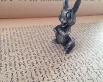Vintage Bunny Rabbit Pewter Figurine   Pewter Port